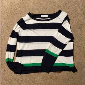 Semi-cropped long sleeve top